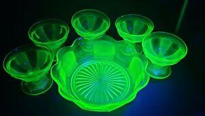 6pc Green Uranium Glass Art Deco Style Dessert Bowl & Sundae Dishes