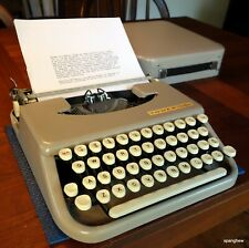 Tower Chieftain (Skyriter) typewriter circa 1962 w/case & ribbon. Working nicely