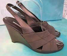 Donald J. Pliner MORD Bronze Mesh Elastic Slingback Wedge Heeled Sandals Wms 9B
