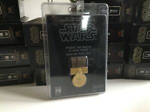 Master replicas scaled medal of yavin