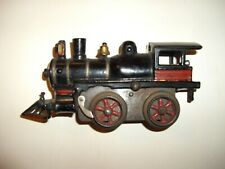 IVES #17 WIND-UP LOCOMOTIVE FROM 1906 IN VERY GOOD CONDITION.
