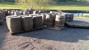 Whiskey barrel / oak barrel / beer keg