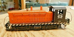 Vintage Metal Varney Diesel Switcher, New Haven No.653, EMD SW900. Nice