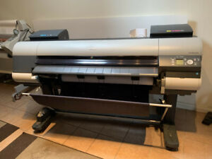Canon iPF8400S Large-Format InkJet Printer
