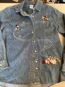 Disney Mickey & Minnie Mouse & Pluto Button Up Denim Blue Shirt Size Adult Large
