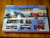 HO Bachman train set Santa special