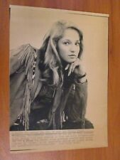 Vtg AP Wire Press Photo Actress Ellen Barkin Ocean's 13 & Animal Kingdom 1/31/83