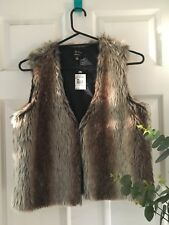 ICE DESIGN Ladies Beige Faux Fur Vest Sleeveless Jacket (Size S) NWT