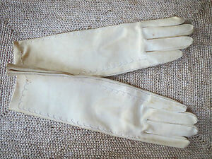 """Vintage Off White Womens Gloves-""""Vinyl"""" that feels like Leather-Size S-Elbow"""