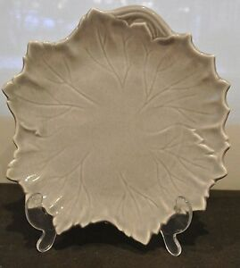 """One Woodfield by Steubenville Vintage 9"""" Grey Plate"""