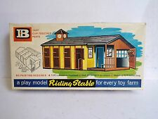 BRITAINS 7419 RIDING STABLE BOXED  (BS1789)