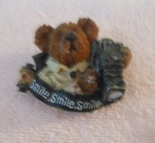 Boyds Bearstone Pin / Brooch Bear With Camera Smile, Smile, Smile