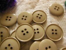 lot 36  boutons marron beige 4 trous couture mercerie diamètre: 1,8 cm TB