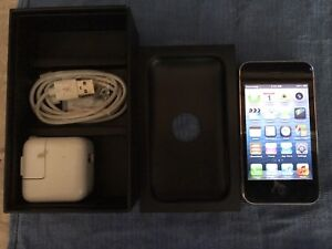 Apple iPhone 3GS Smartphone - AT&T - 8GB -Black