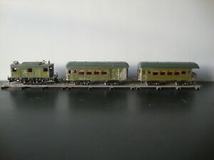Ives # 3235 New York Central Locomotive w/ 171 Buffet Car & 173 Observation Car