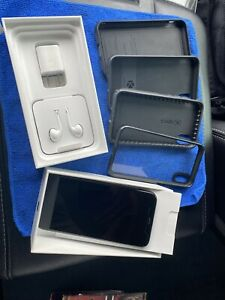 Apple iPhone X 256gb Factory unlocked Fortnite Installed And Accessories