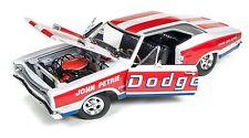 AUTO WORLD 1969 DODGE SUPER BEE DRAG RACE CAR JOHN PETRIE 426 HEMI 1:18 DIECAST