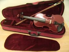 BURGUNDY VIOLIN 3/4 SIZE WITH CASE & BOW IN SUPERB CONDITION.