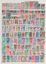Albanie  gros  lot de  timbres    oblitérés  cote plus de 380 euro