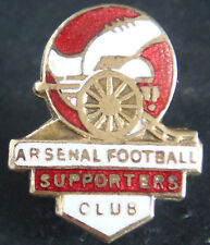 ARSENAL SUPPORTERS CLUB Vintage badge Make EMBLEMS LONDON Brooch pin 19mm x 23mm
