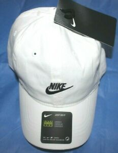 Baby Boys Hat 12-24M Infant Nike baseball cap White adjustable New w/tags