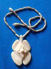 Ancien Collier Fleur Sculptée & Perles en Os