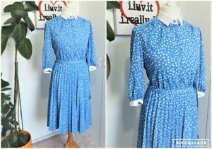 Vintage Early 80s Cornflower blue & White pattern Pleated midi Tea Dress Size 12