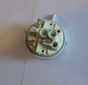 Hotpoint Aquarius Washing Machine Washer Dryer WD64 Pressure Switch