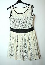 IVORY WHITE BLACK SKATER LACE FORMAL PARTY DRESS SIZE 10 PETITE NEXT RUNWAY