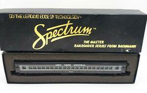 Bachmann HO Scale Train Spectrum 89103 New York Central #809 Coach
