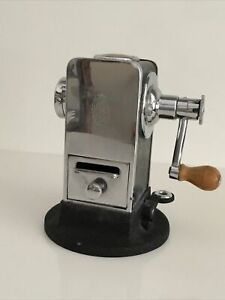 EL CASCO M 430 CN SACAPUNTAS PENCIL SHARPENER EIBAR SPAIN