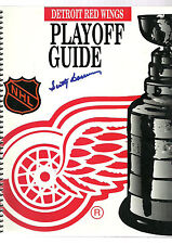 1995 Detroit Red Wings Scotty Bowman Signed Playoff Guide Auto NHL Hockey