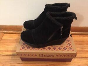 Skechers Parallel Off Hours Black Suede Bootie Boots Women's Size 8 US
