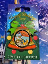 2019 Disney Vero Beach Resort Holiday Bell Pin Donald Duck Limited Edition 1,000