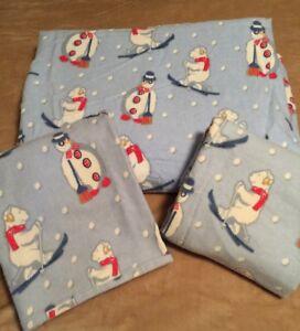 Flannel Flat Sheet & 2 Standard Pillow Cases Full Size Winter Polar Bears Skiing