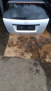 MERCEDES C CLASS W204 ESTATE TAILGATE BOOT LID PANEL IN SILVER 2008