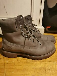 Mens timberland boots size 8.5 used