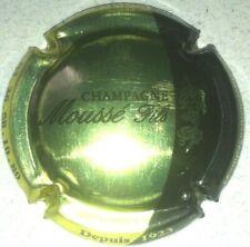 Capsule de champagne MOUSSE Fils 9a. . Rouge mat contour noir