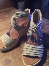 """BEARPAW GRAY/SILVER """"BEGONIA"""" ESPADRILLE WEDGE SANDALS IN SIZE 8M"""