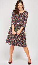 Plus Size Floral Vintage Pleat Box Dress Size 24 BNWT