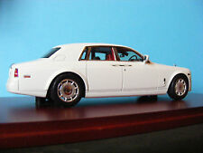 ROLLS-ROYCE Phantom 2009 in English White   True Scale Models  1:43 rd. SCALE