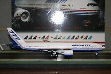 """Inflight200 1:200 Boeing Company 777-200 N7771 """"Roll Out"""" (IF7770914) Die-Cast"""