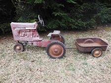 toy antique tractor