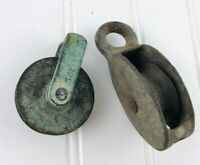 VINTAGE ANTIQUE INDUSTRIAL SMALL IRON METAL PULLEY WHEEL TOOL LOT Of 2 Mini