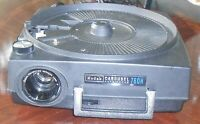 Kodak Carousel 760H Slide Projector W/Remote (See description for issues)