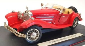 Maisto 1/18 Scale 36055 - 1936 Mercedes Benz 500 K Typ Special Roadster - Red