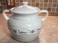 "Longaberger Woven Tradition Pottery Classic Cookie Jar / Bean Pot 8"" USA"
