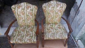 coppia di antiche poltrone sedie salotto stanza da letto pranzo legno tessuto