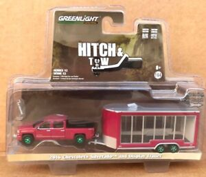 NEW! 1/64 GREENLIGHT 2016 Chevrolet Silverado and Glass display trailer CHASE