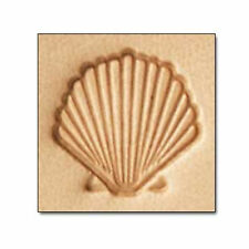 E587 Scallop Craftool Leather Stamp 66587-00
